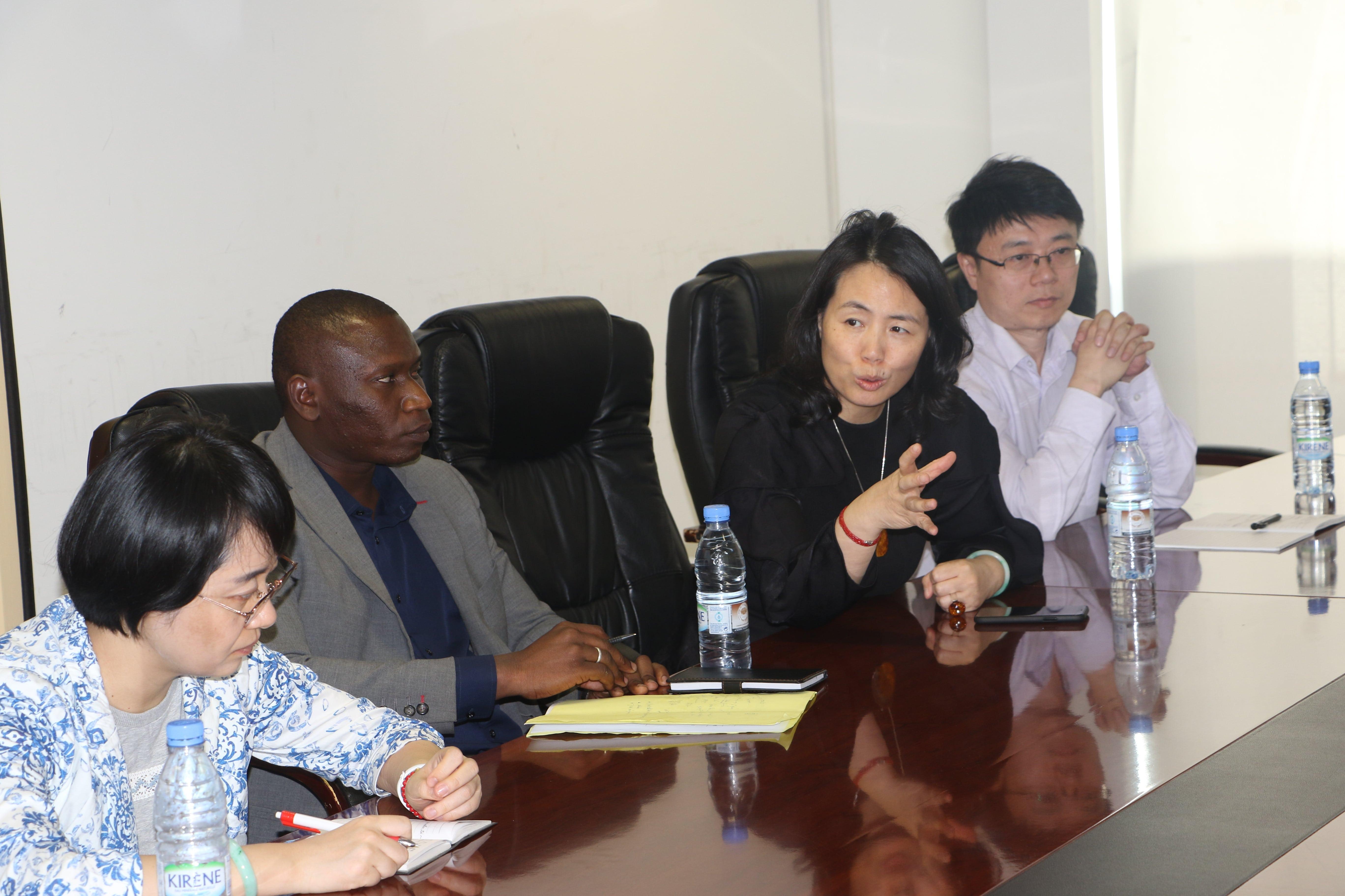 Pays invité d'honneur, une délégation chinoiseen prospection à Dakar